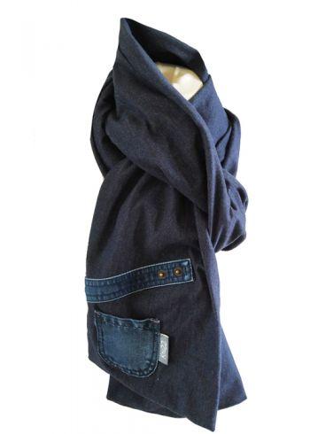 Stoere jeans sjaal met klein zakje